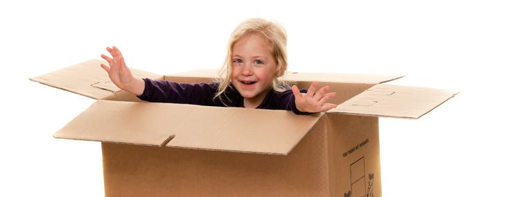 Flytta med barn i flyttlåda