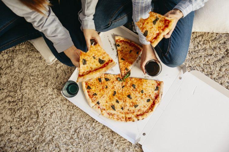 mat när du flyttat hemifrån, pizza?