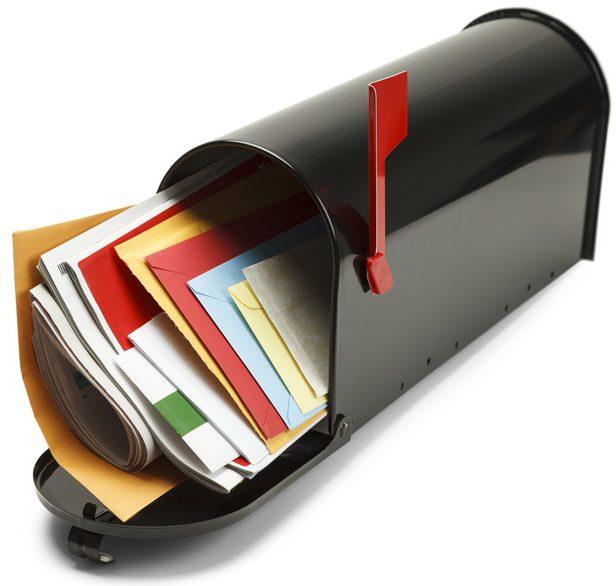 Ändra adress, så att du får din post till rätt brevlåda!