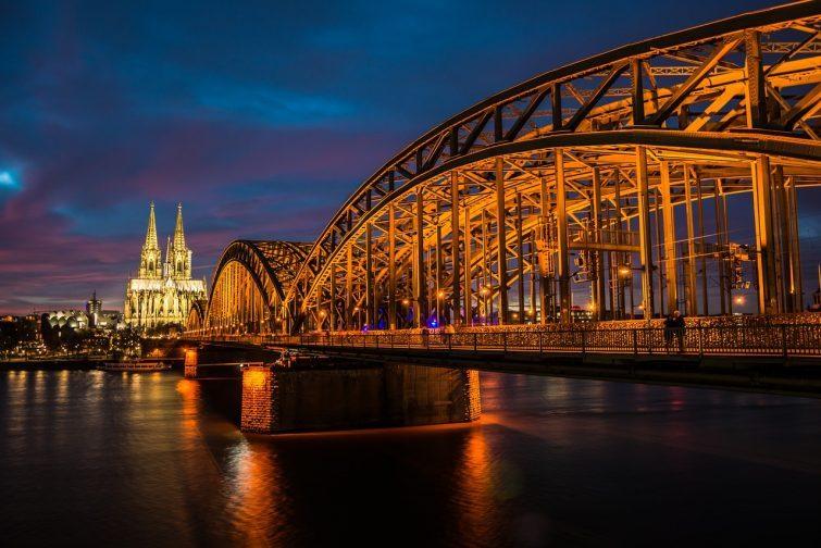 Köln - Flytta dit