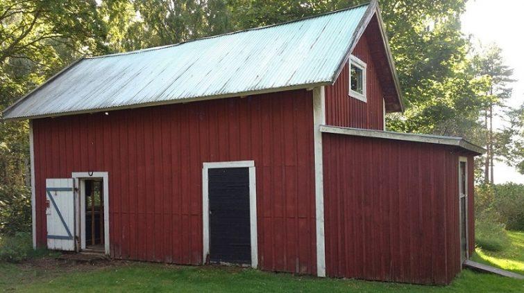 Svensk röd stuga - flytta hem till Sverige